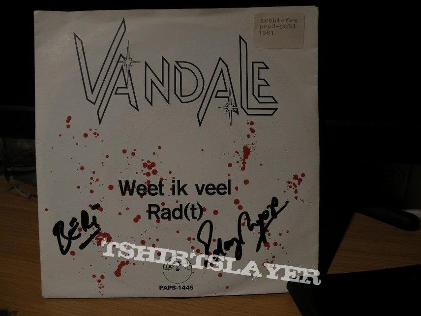 "signed Vandale- Weet ik veel 7"""