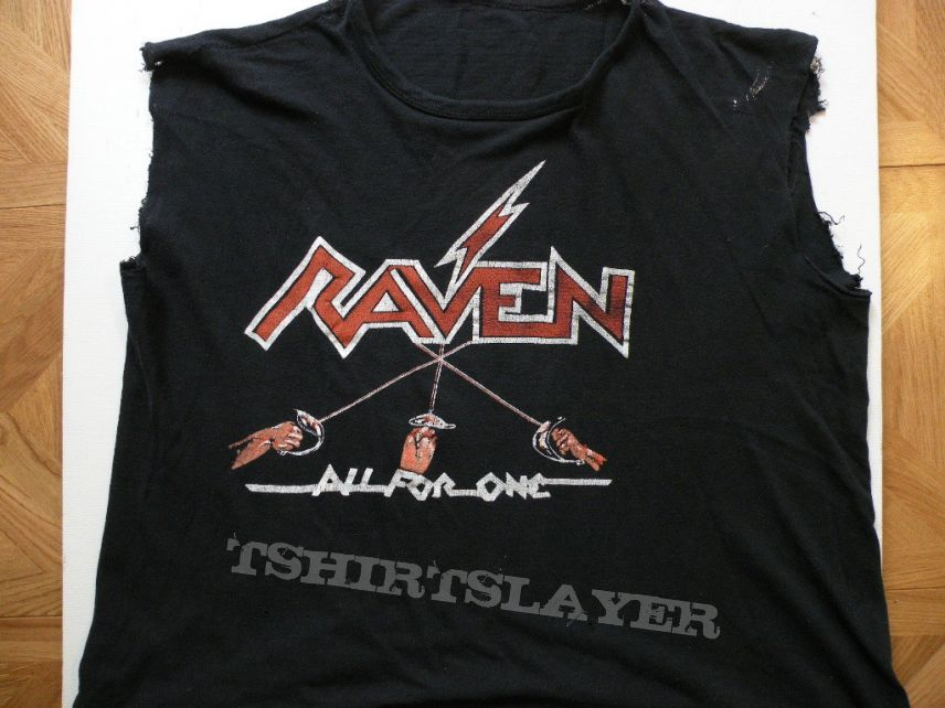 NEW /& OFFICIAL! Raven /'All For One/' T-Shirt