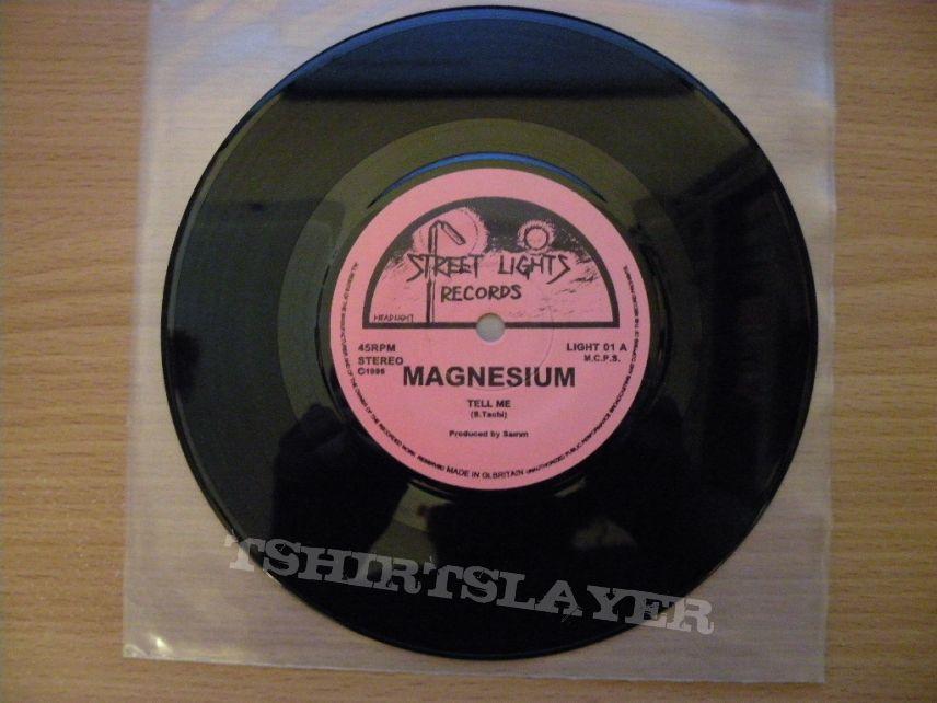 "Gorgon/ Magnesium- Heavy metal fever split 7"""