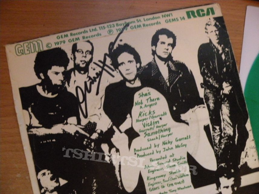 """signed UK Subs- She's not there 7"""""""