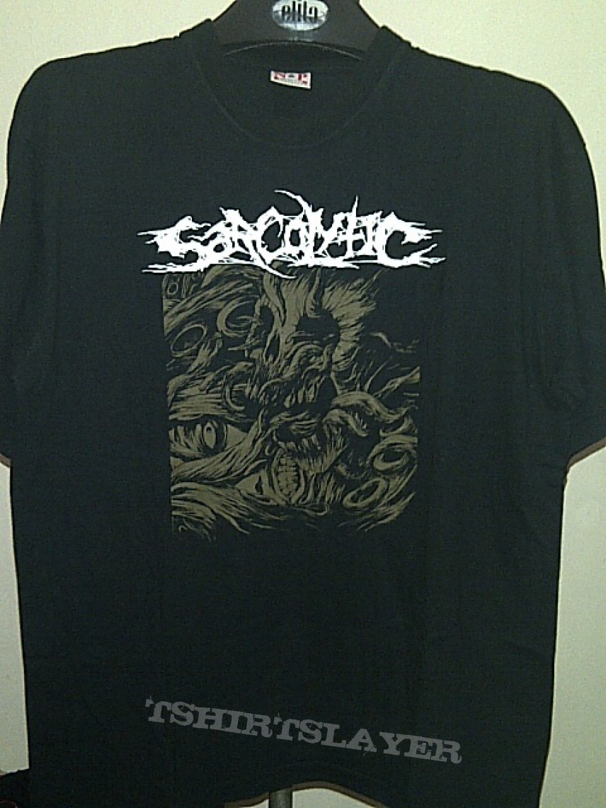 Sarcolytic - Urinating on the face of man