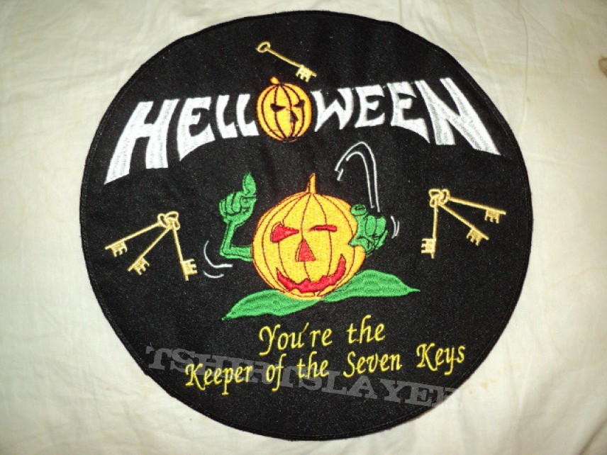 Patch - Helloween round backpatch and strip.