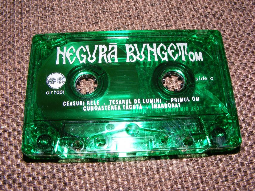 Negura Bunget - om tape