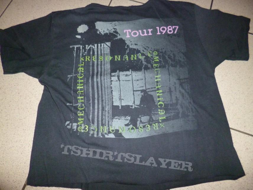 Tesla tour 87 for girl