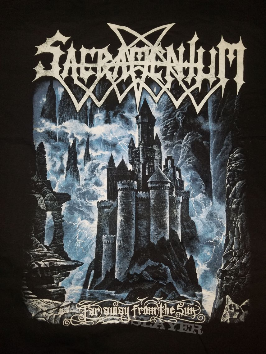XL Sacramentum - Far away from the Sun t-shirt.