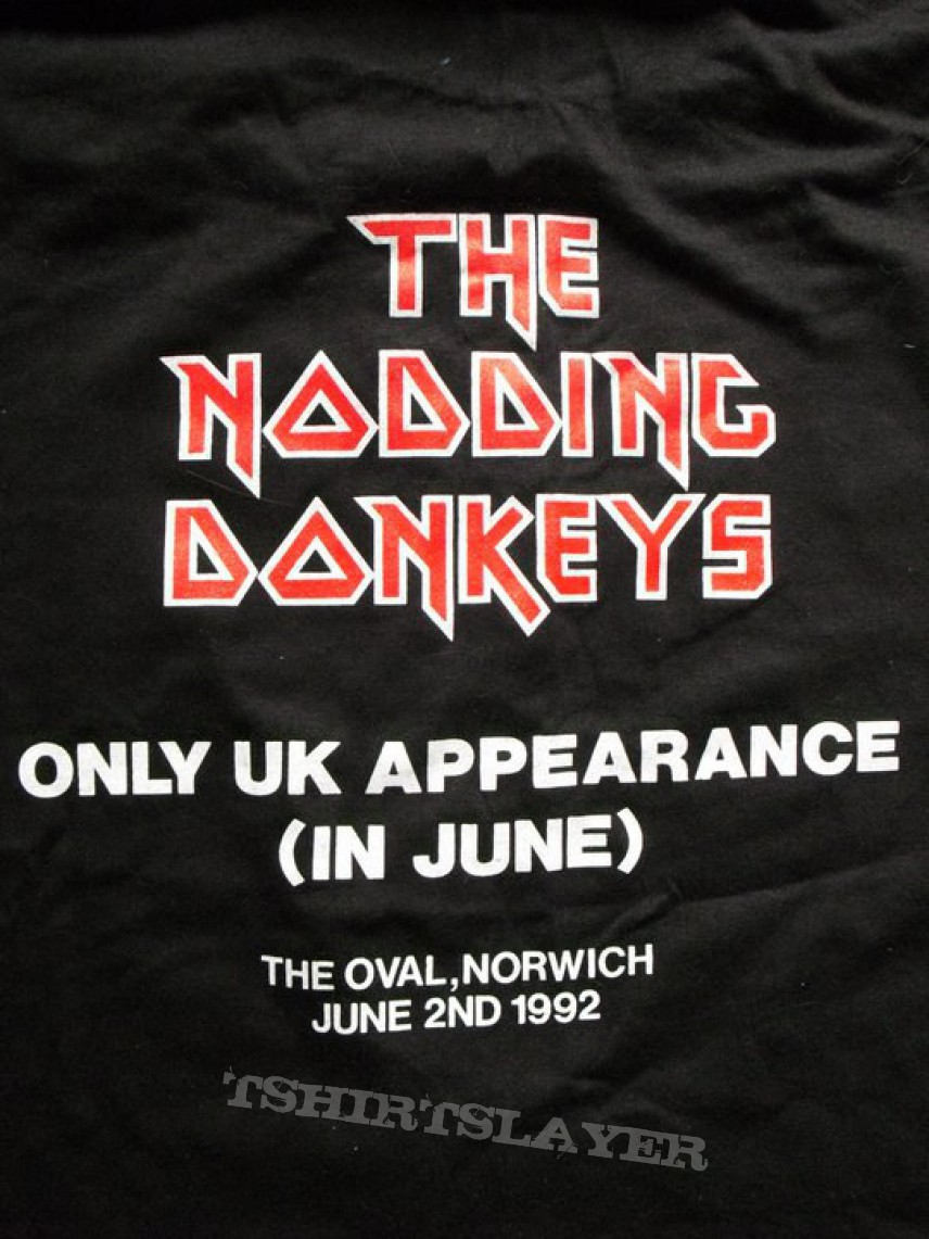 Nodding Donkeys warm-up show