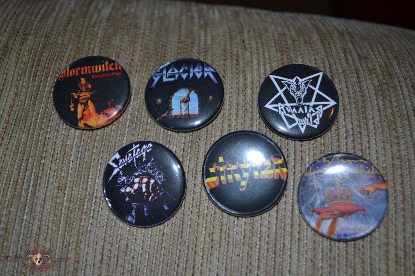 Various Badges Pin buttons