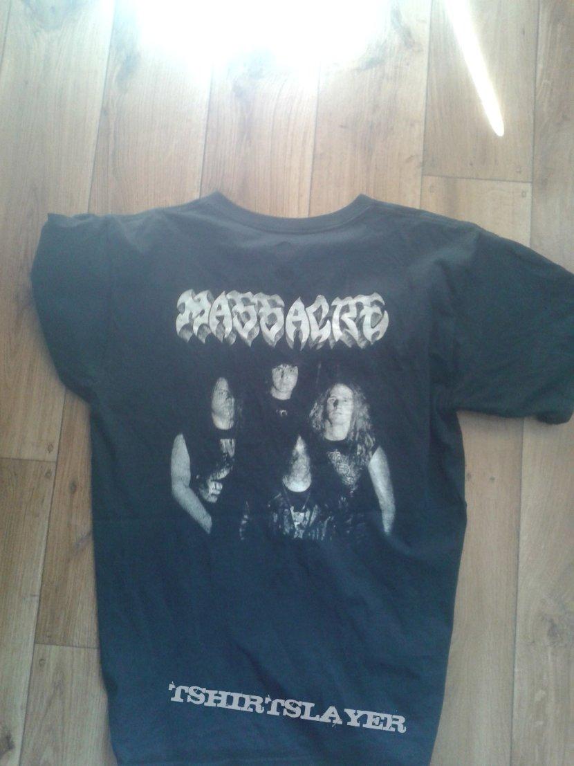 Massacre tshirt size L
