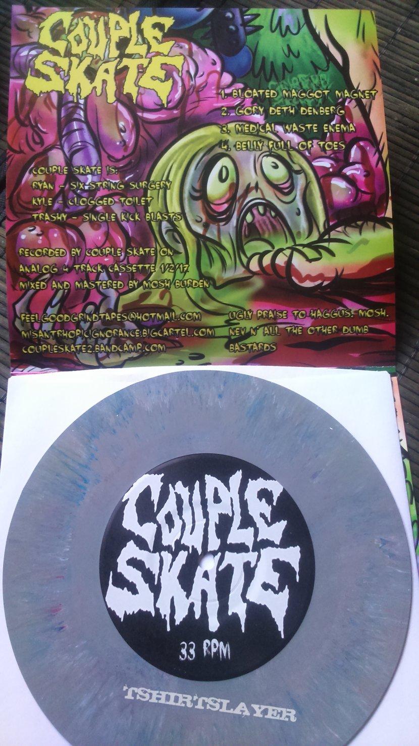Haggus / Couple Skate Split