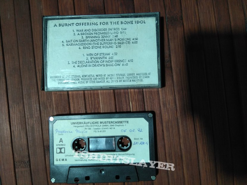 Skyclad - A Burnt Offering for the Bone Idol [advance tape]