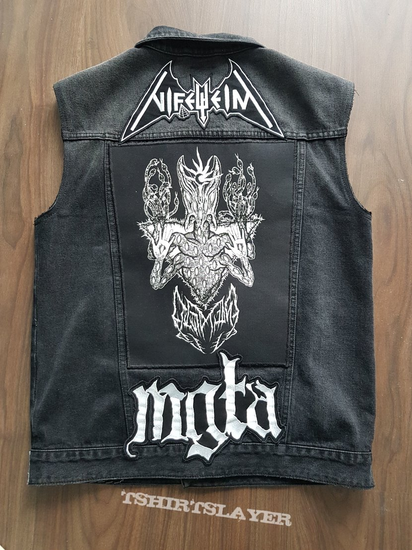 Black Metal Battlevest - 4 month update... FInished?