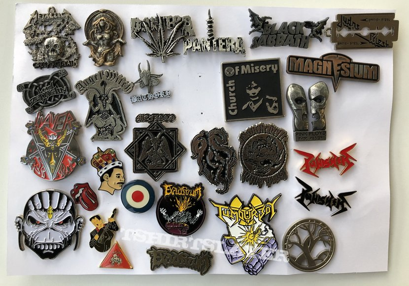 Some metal pins collection