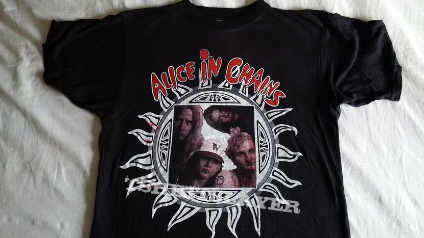 Alice In Chains vintage shirt