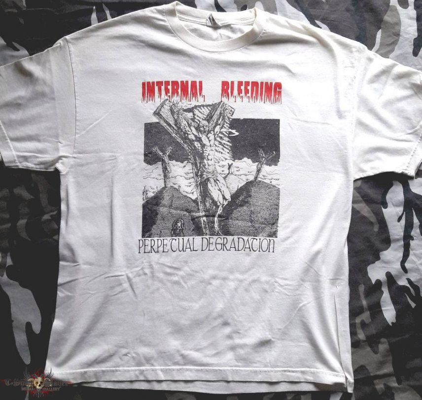 Internal Bleeding - Perpetual Degradation - T-Shirt