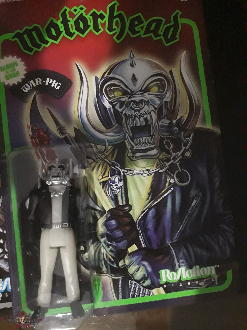 Snaggletooth action figure that glows in the Dark