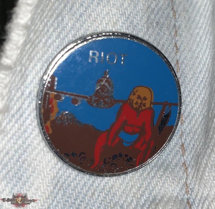 Riot - Narita - Vintage Metal Pin