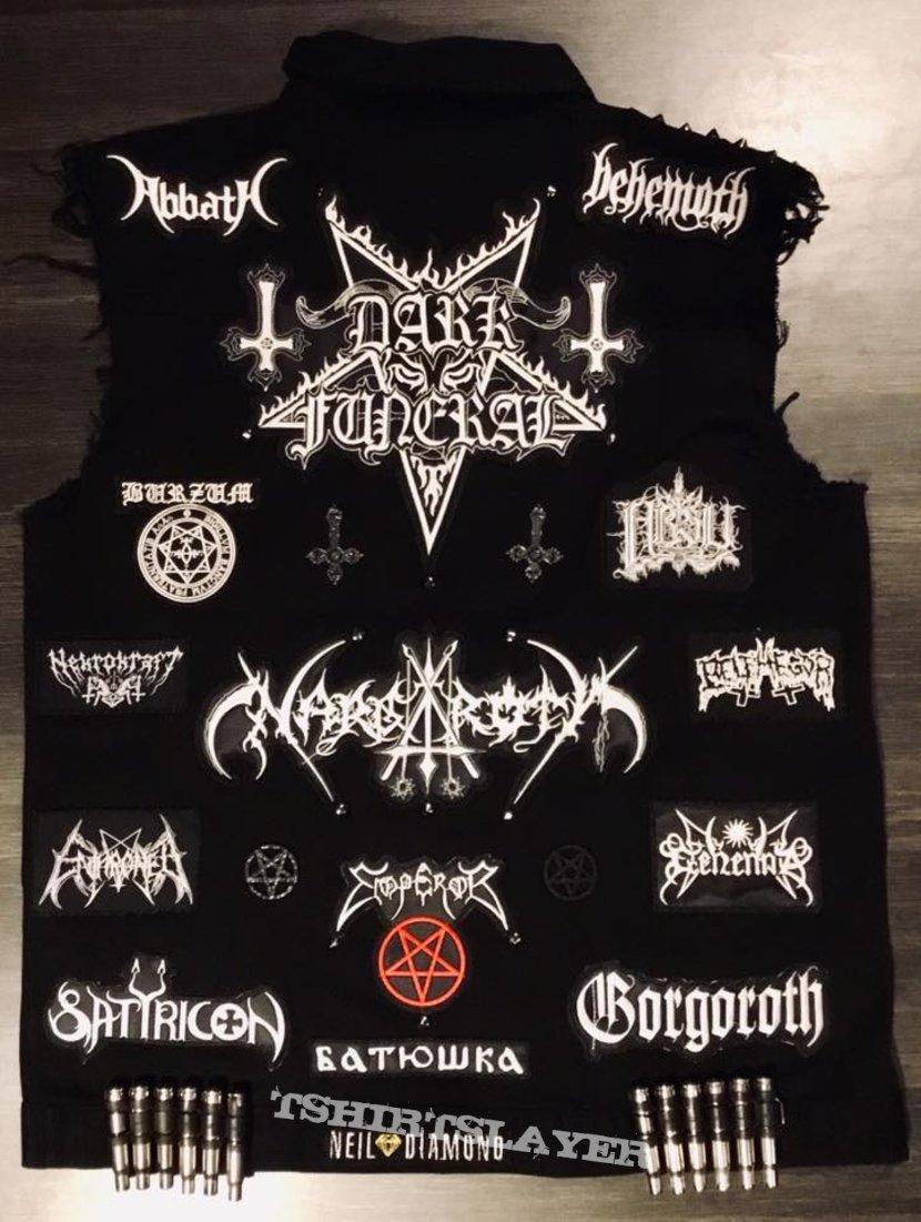 B-W Black Metal battle vest