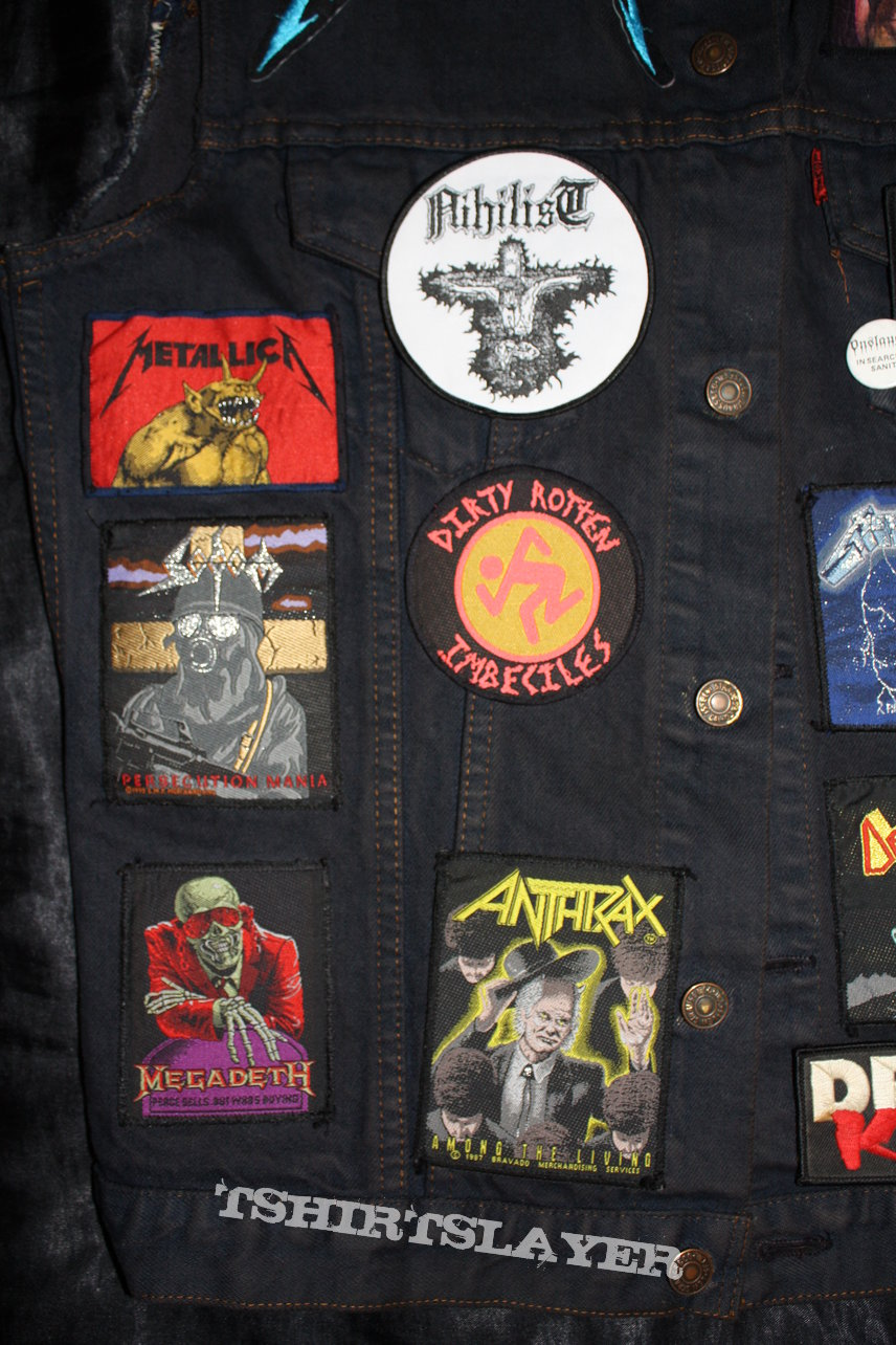 My very first Battle Jacket - Old School to the Core - started in 1988 and updated with some patches recently...