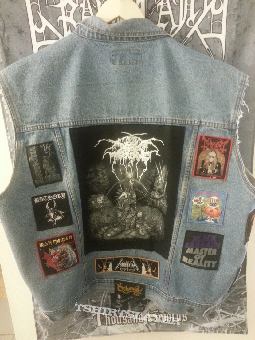 simple battle jacket