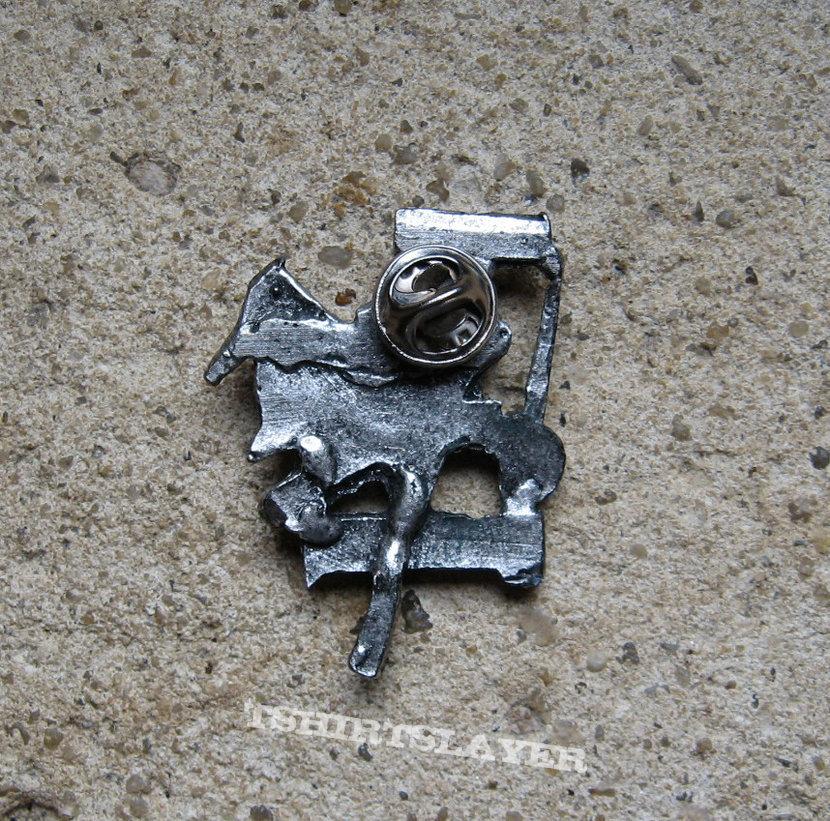 IRON MAIDEN The Trooper vintage cast metal badge
