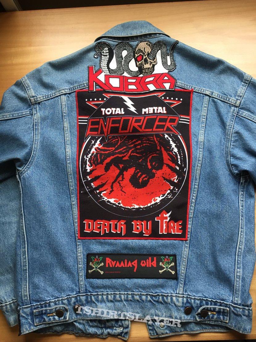 Longsleeve jacket