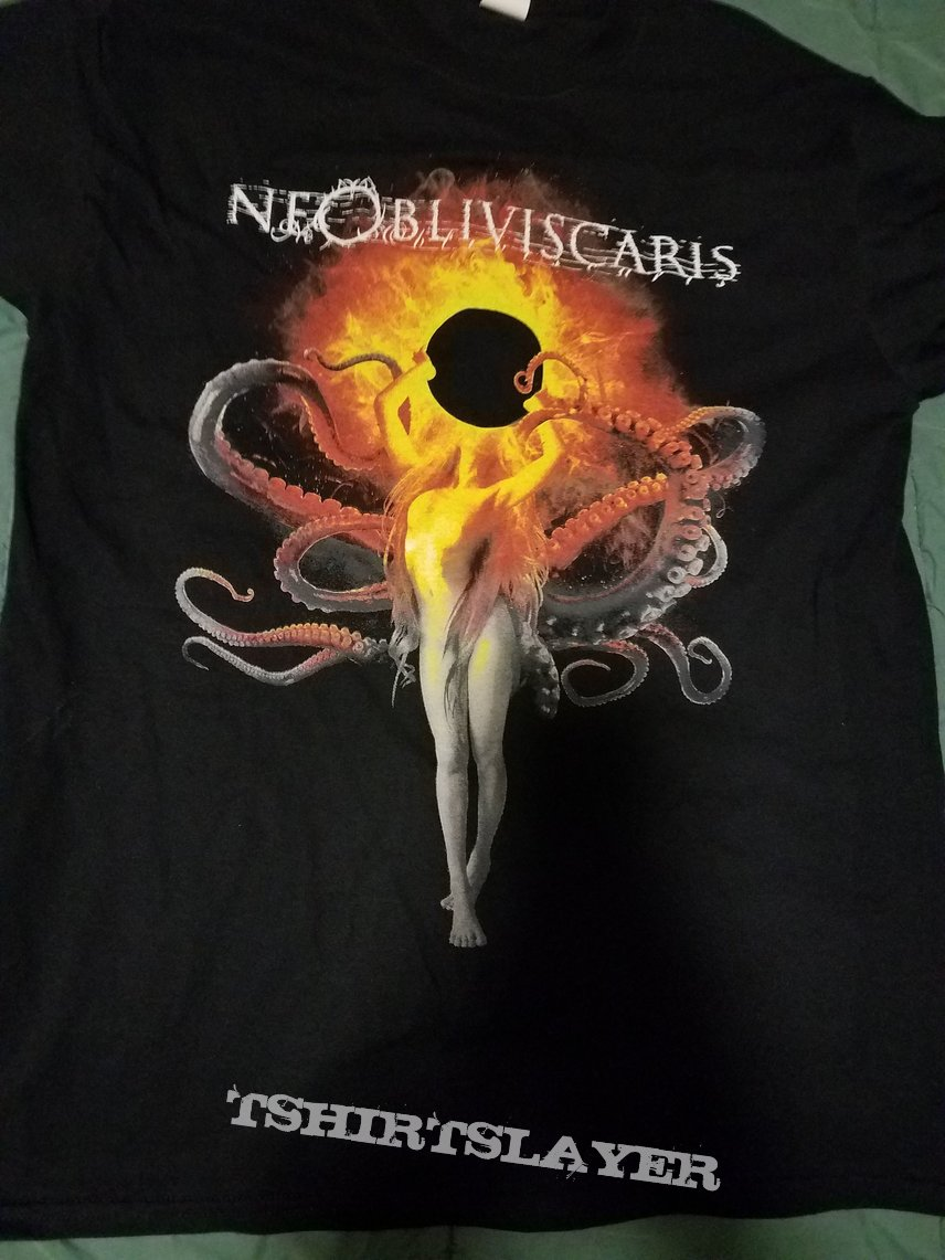 Ne Obliviscaris: Urn tour shirt